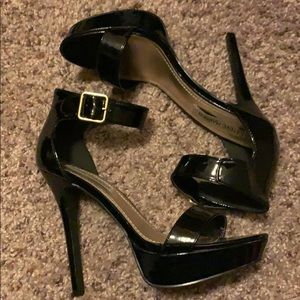 Steve Madden Black Strap Heels